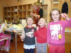 Malujeme Velikonoční vajíčko 2010radost dětí