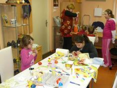 Malujeme Velikonoční vajíčko 2010soustředění napráci
