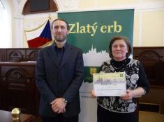 Soutěž Zlatý erb 2018starostka V.Kolářová awebmaster P.Kopečný